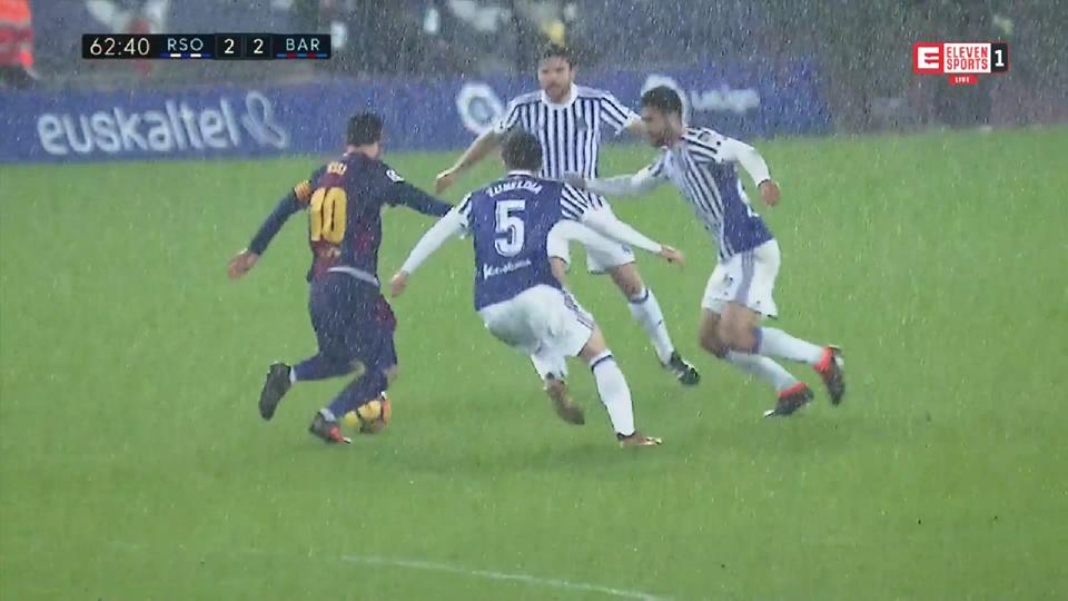 Ależ lało w San Sebastian. A Messi i tak galaktyczny!